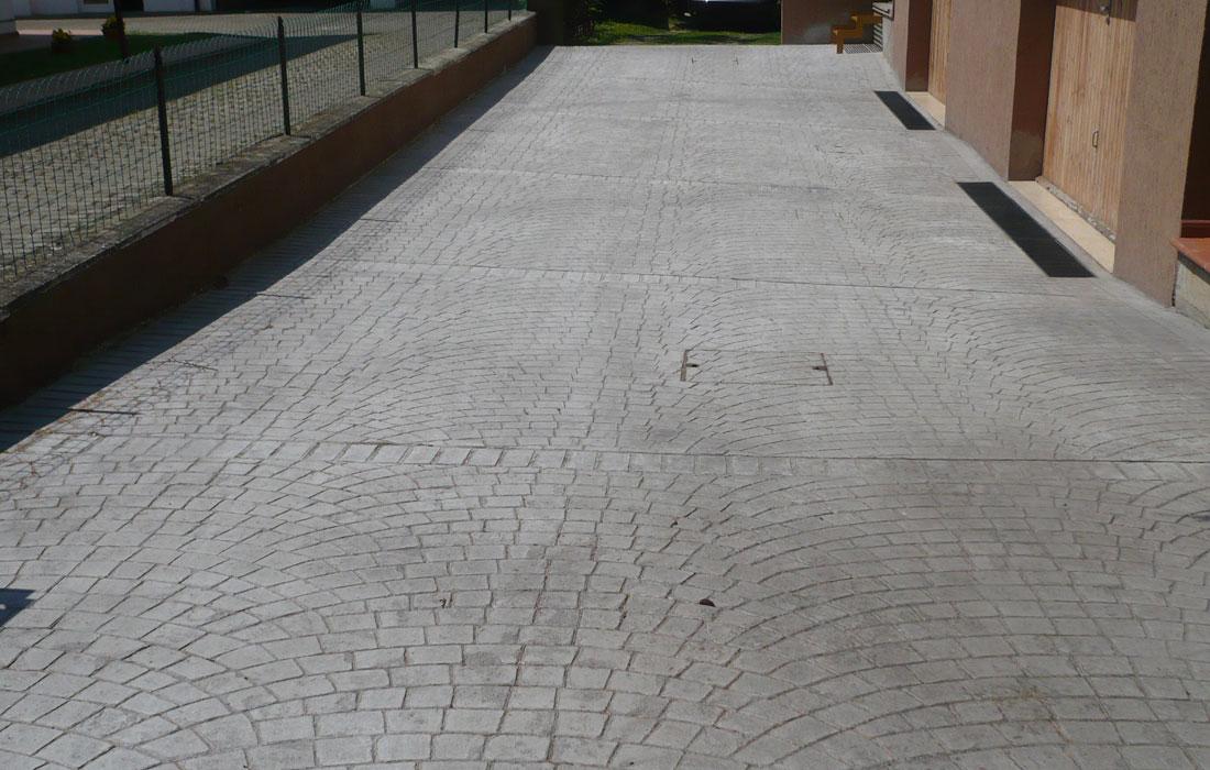 pavimentazione stampata cortile