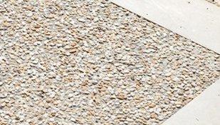 pavimentazione in sasso lavato